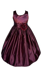 Sleeveless A-line Taffeta Dress With Pleats and Flower