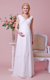 Sexy Cap-sleeved Low-v Neck A-line Chiffon Maternity Wedding Dress With Empire Waist