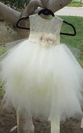 Sleeveless Scoop Tulle Dress With Flower Sash and Lace Bodice