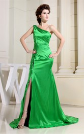Magnificent One-Shoulder Ruched Satin Gown with Front-Split and Court Train