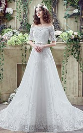Elegant Off-the-shoulder Lace Appliques Wedding Dress 2018 Bowknot Lace-up