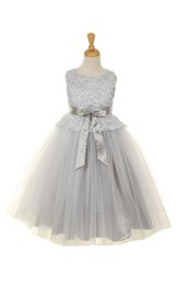 Sleeveless Scoop Neck Lace Bodice With Double Layered Skirt and Bow
