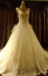 High Quality Court Train V-neck Beading Wedding Dresses