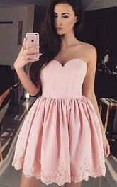 A-line Ball Gown Sweetheart Sleeveless Pleats Ruching Short Mini Lace Homecoming Dress