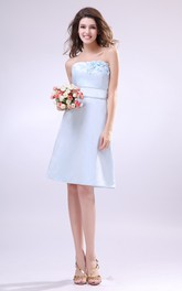 Strapless Dress Withwaistbanded Waist And Floral Embellishment