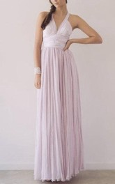 Haltered Sleeveless Pleated Dress With Bow