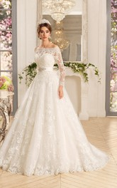 A-Line Long Sweetheart Sleeveless Lace Dress With Cape And Appliques