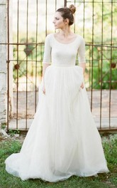 Modest A Line Scoop Neck Half Sleeved Full Back Tulle Skirt Wedding Dress with Sleeves