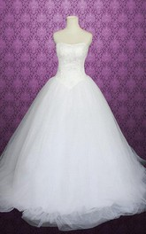 Sweetheart Button Back Tulle Wedding Dress With Crystal Detailing And Lace