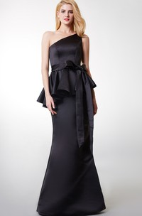 Enchanting One Strap Gown With Ribbon and Peplum