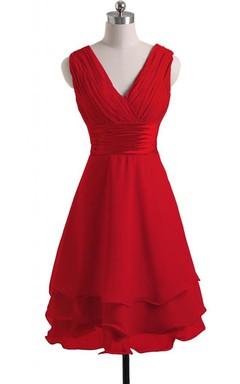 7c53875d1 V-cuello del vestido nupcial acodado con cinturón de raso