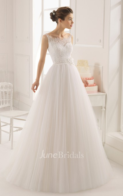 Sleeveless Lace Bodice Long Tulle Gown With Flower